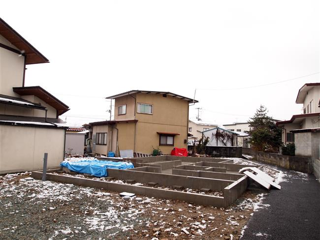 11_R.jpg